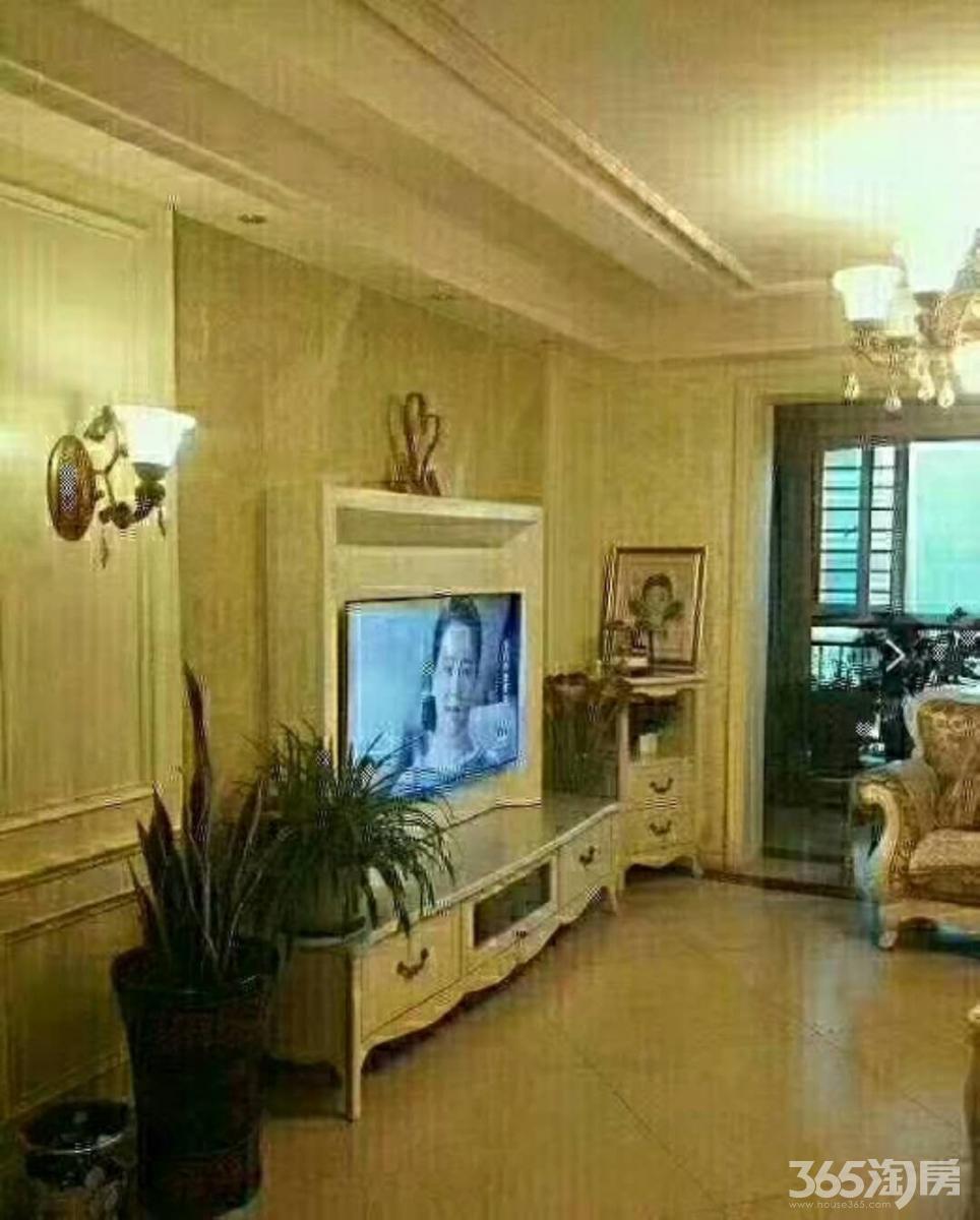 蓝天森林花园3室153.4平方产权房精装甩卖