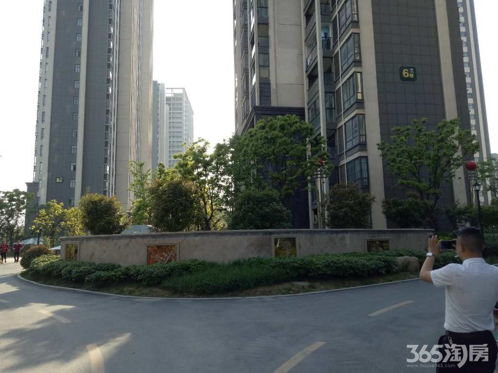 万派城 2室1厅1卫地铁口现房公寓均价5000送中央空调
