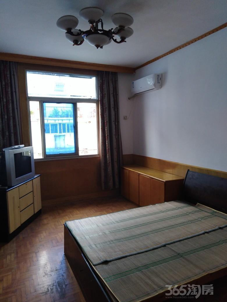 团结四村3室1厅1卫65平米整租简装