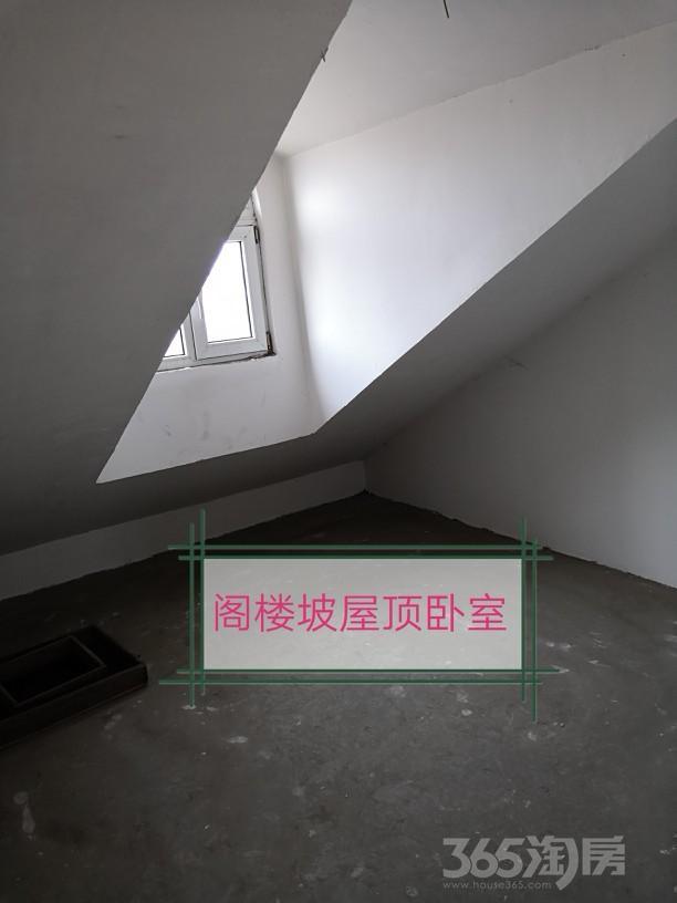 香醇波尔多3室2厅2卫101.66平米2011年产权房毛坯