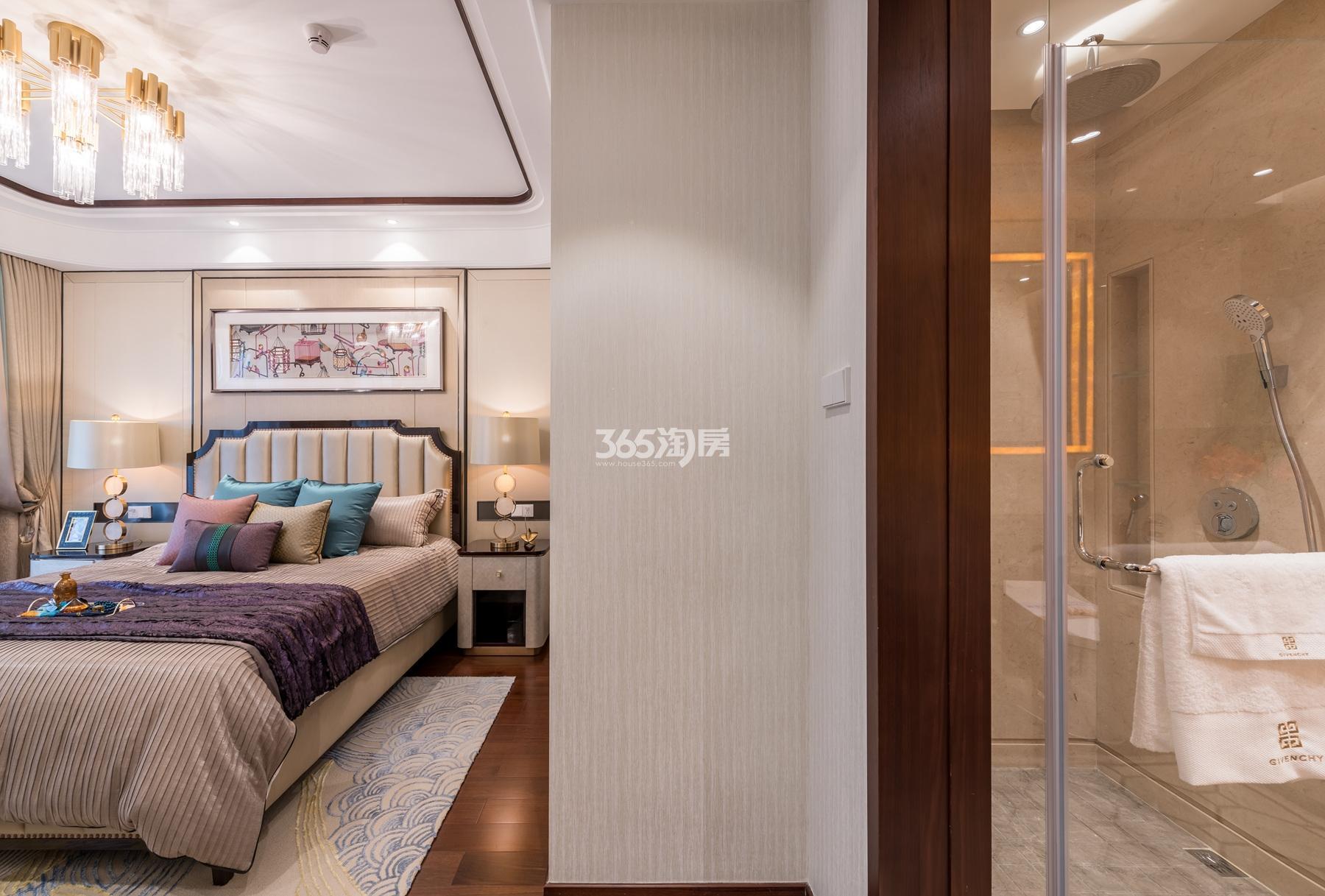 滨江保利翡翠海岸137方(B1户型)亚洲风格样板房---主卧