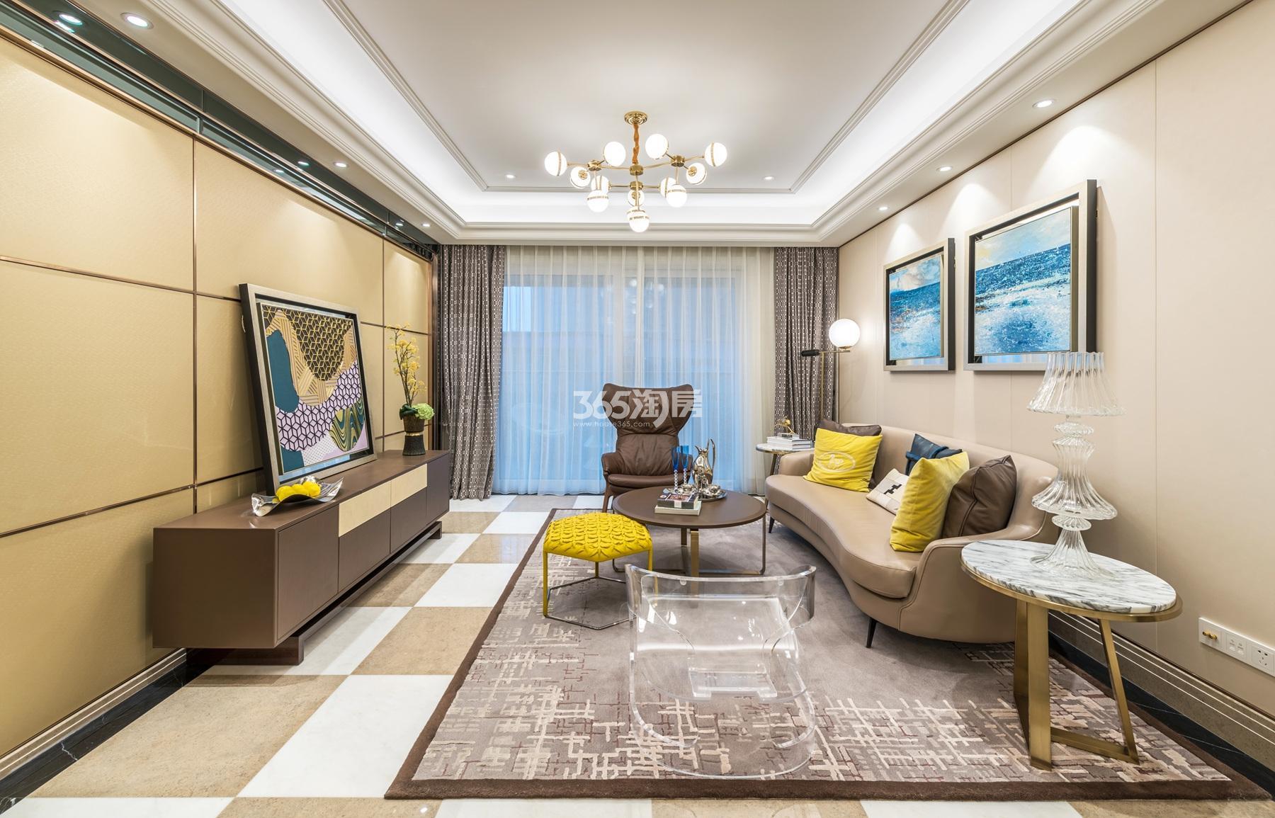 滨江保利翡翠海岸139方(B2户型)海派风格样板房---客厅