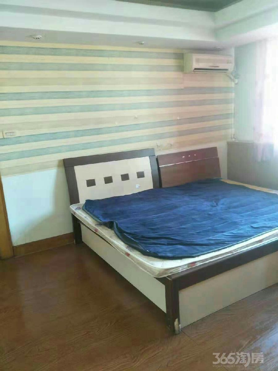 悦海园4室2厅1卫24平米合租精装