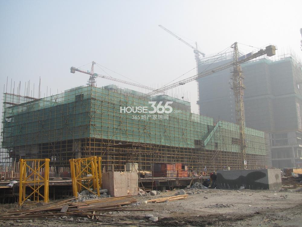 东方万汇城在建楼栋实景图(12.26)