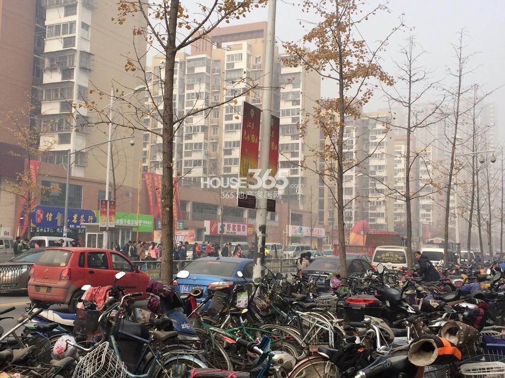 首创天迈广场周边配套(12.27)