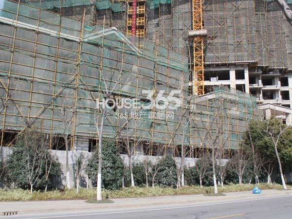 绿都万和城商业工程实景图(2014.2.11)