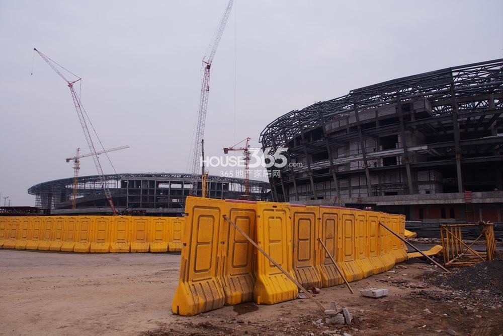 东方万汇城临近青奥体育公园(2.25)