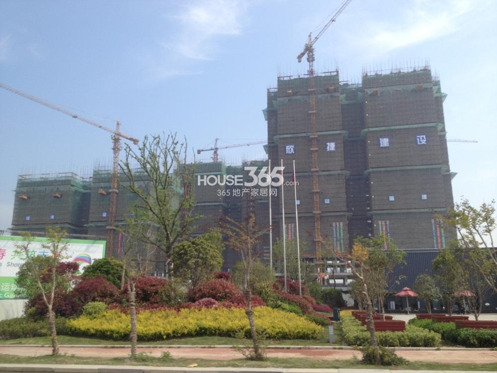 东方万汇城在建实景图(4.25)