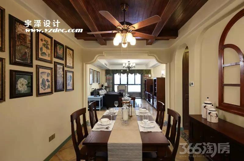 保利罗兰香谷3室2厅2卫140平米2013年产权房豪华装