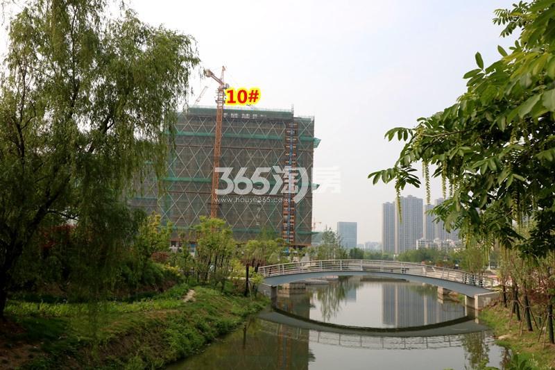 中锐星公元10#楼工程进度实景(2018.4摄)