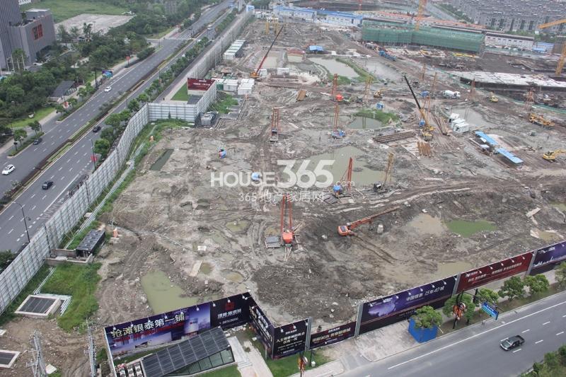 理想银泰城项目整体施工现场鸟瞰图(2014.8)