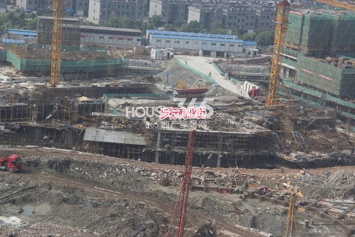 理想银泰城项目商业步行街施工进程(2014.9)