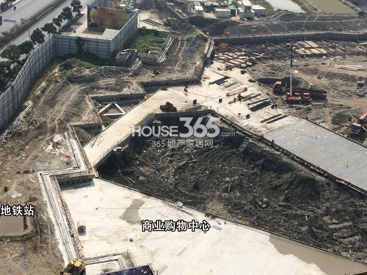 理想银泰城项目商业中心施工进程(2014.10)