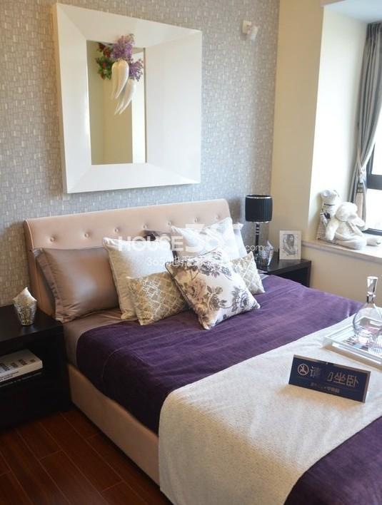 雅居乐中心广场142平样板间卧室