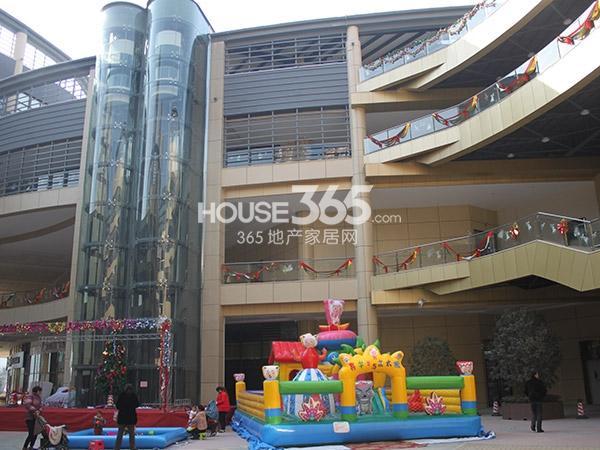 绿都万和城商业mini mall实景(2015.1)