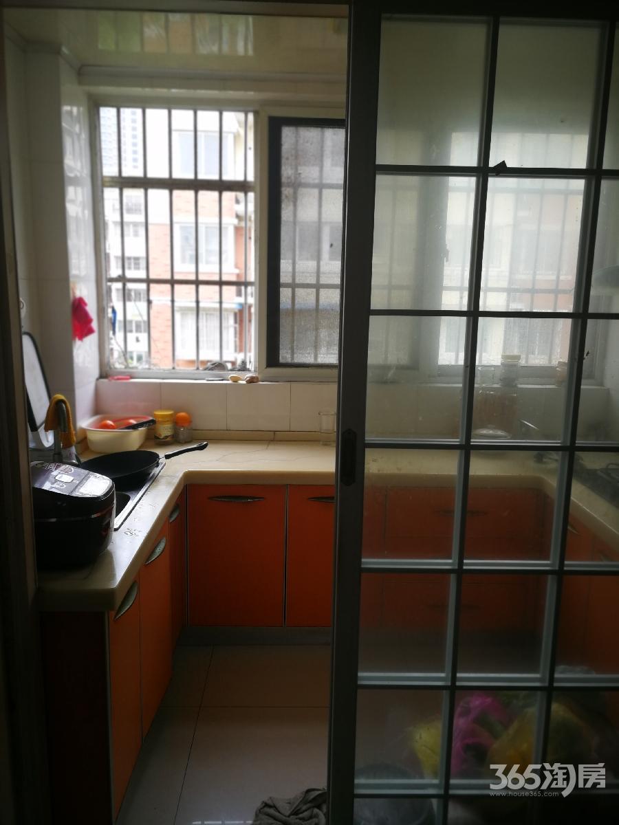 怡和园2室2厅1卫108平方产权房精装