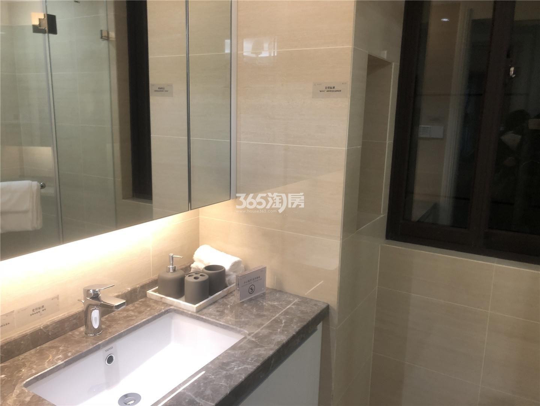 中国铁建青秀城A户型88㎡样板间卫浴
