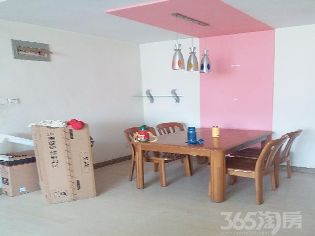 楚岳山庄3室2厅1卫120�O整租精装