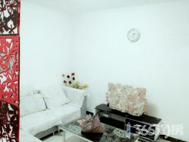 融侨馨苑2室1厅1卫76平米整租精装年付@2300