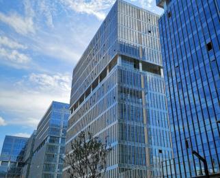 绿地之窗81.3㎡,挑高6.6米写字楼,可注册公司整租毛坯
