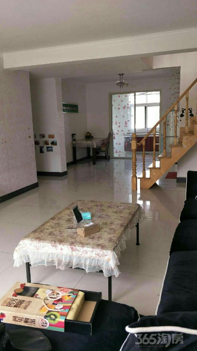 江南御花园3室2厅2卫140平米整租精装
