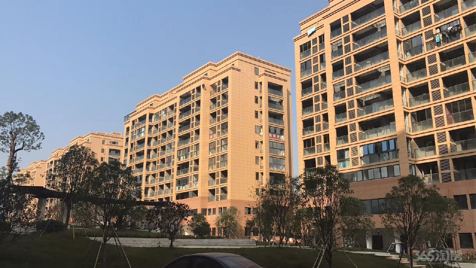 华宇悦府二期仅八千五送车位杭州建德高铁房无需社保可落户