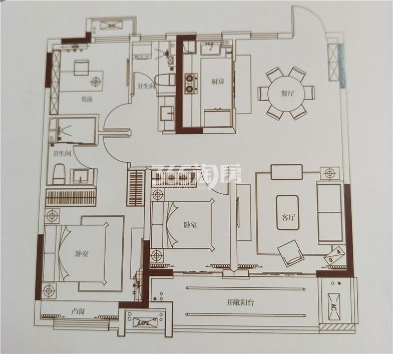 绿地运河小镇107㎡三室二厅二卫