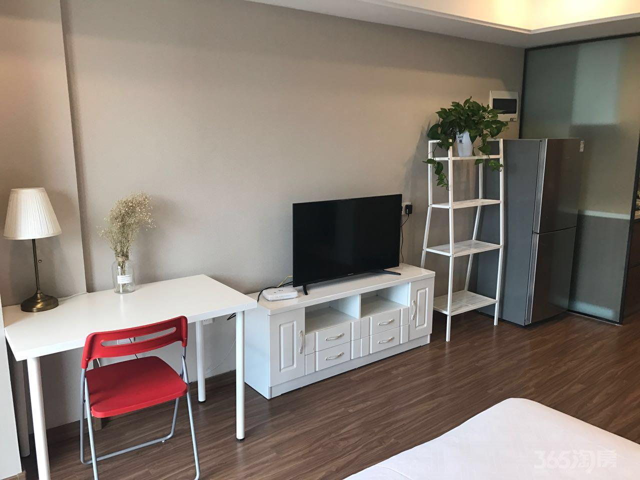 万科九都荟公寓1室1厅1卫44平米精装产权房2017年建