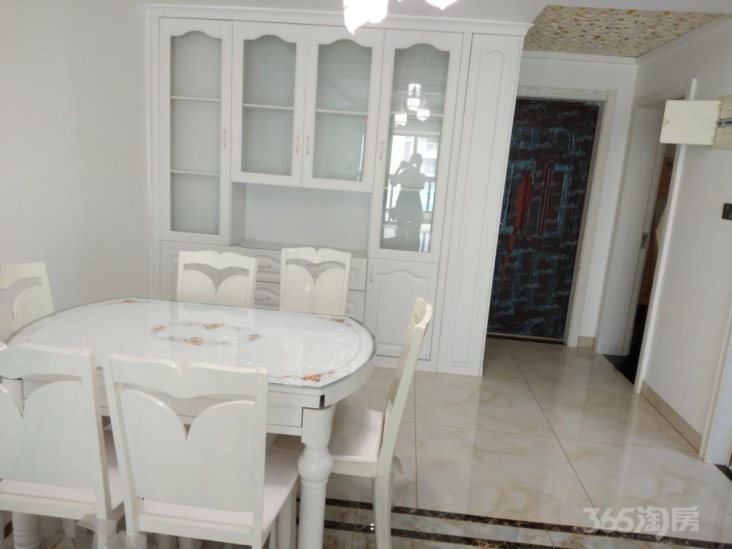保利香槟国际3室1厅2卫94平米整租豪华装