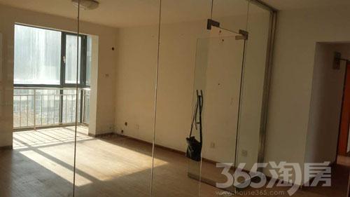 长安花苑4室2厅2卫163�O2009年产权房中装