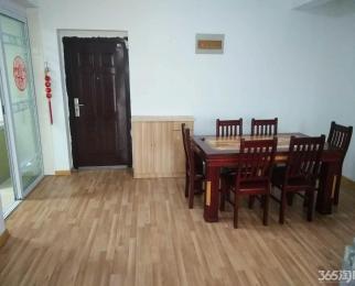御龙湾3室1厅1卫110㎡整租豪华装