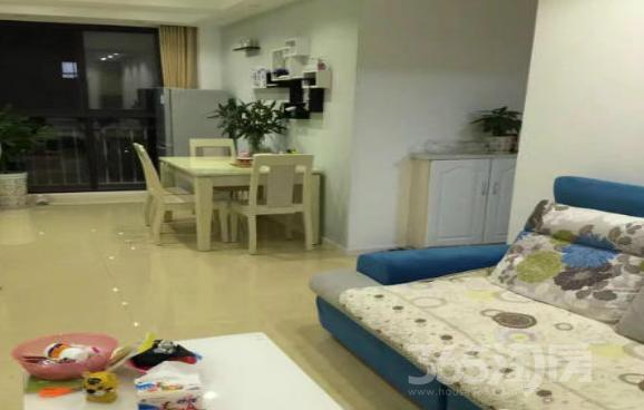 英伦尊邸2室2厅1卫100平米2012年产权房精装