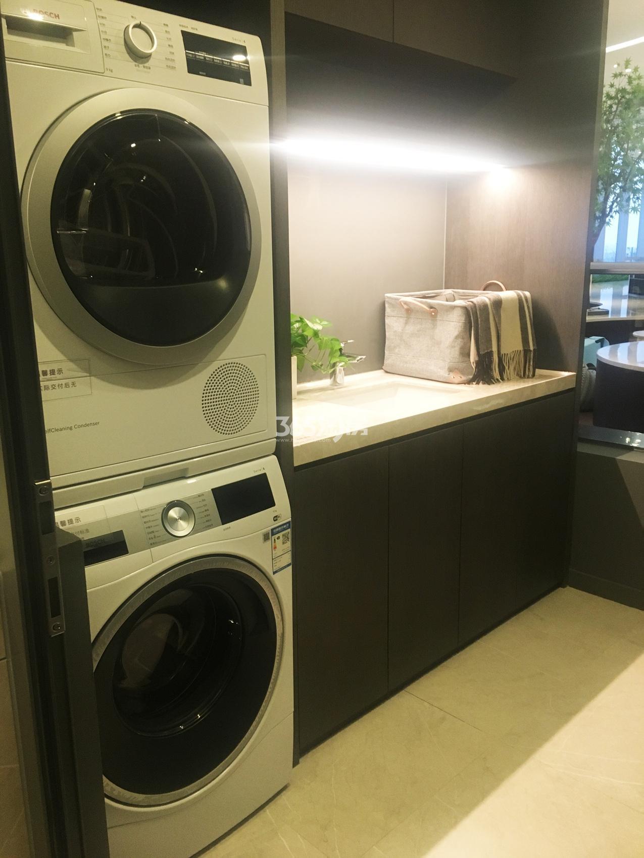 信达中心|杭州壹号院134方(A1户型)样板房---洗衣间