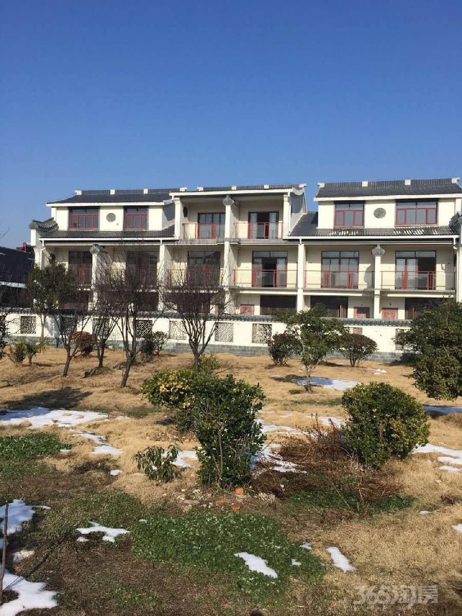 万福山庄4室4厅4卫148平米2013年产权房毛坯