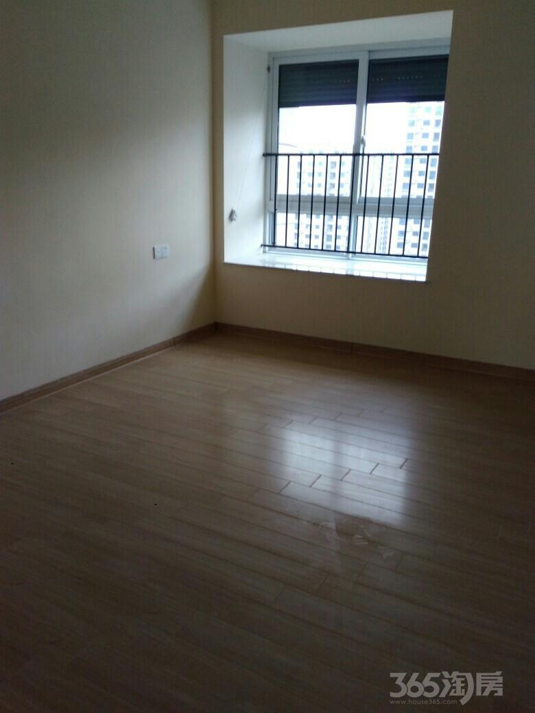 翰林湾3室2厅1卫123平米整租精装