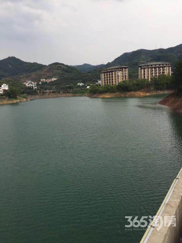 千岛湖一线景观房九龙湾三面环湖精装拎包入住