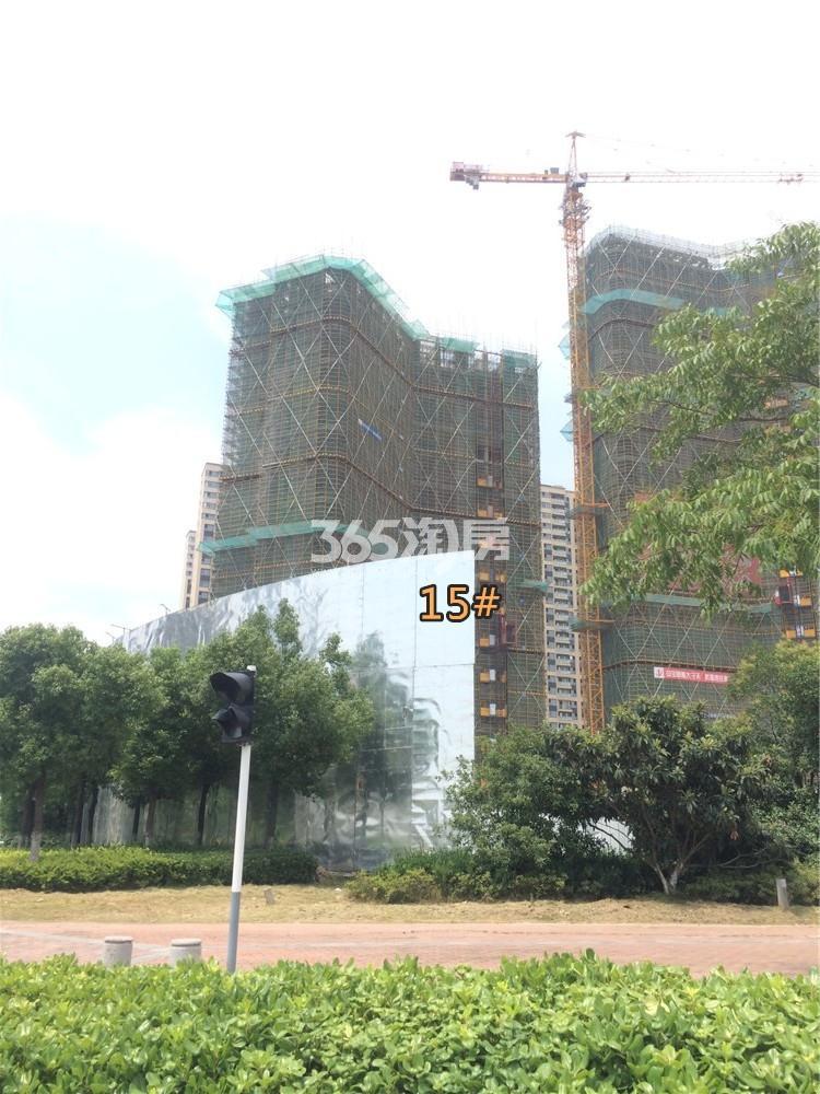 金地中心菁华14#在建实景图(6.21)