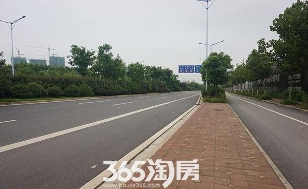 保利西山林语周边规划公交站(2015.9)
