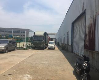九龙湖地铁口 大通间现有隔断 可拆除 支持12米大型货车进