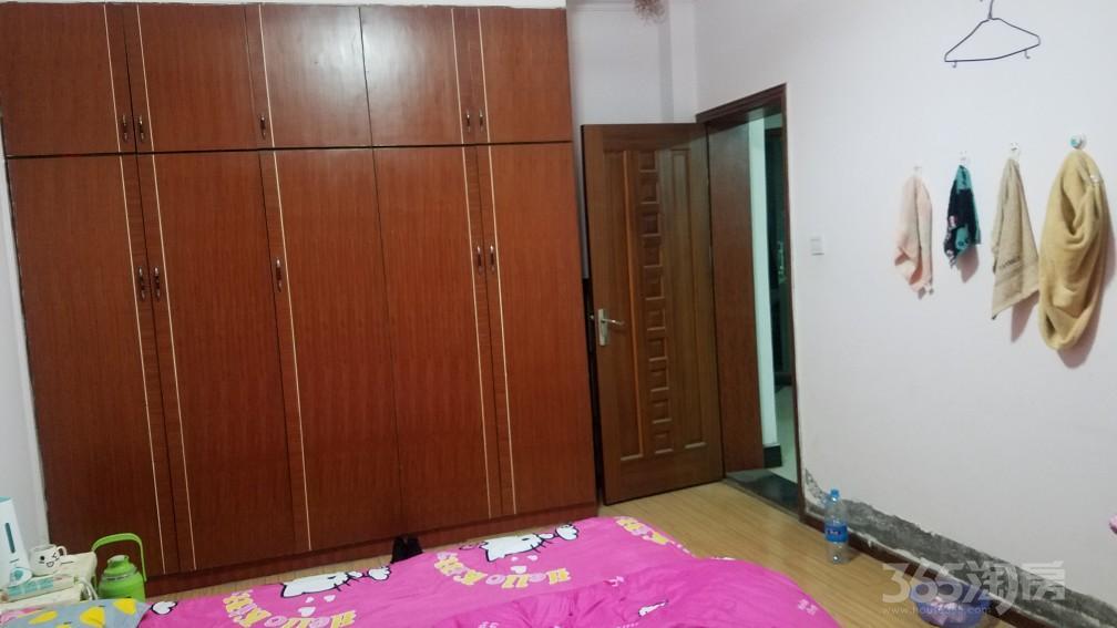 东岗世纪新村2室2厅1卫105.6平米2005年产权房简装