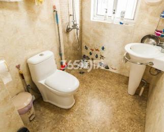 芳草园3室2厅1卫112.85平方米630万元