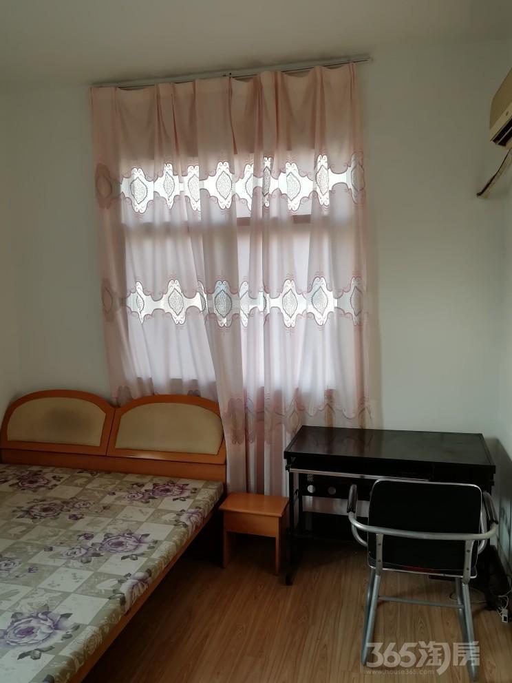 钟村小区3室1厅1卫75平米整租精装
