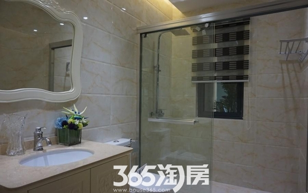 华南城紫荆名都样板间卫浴