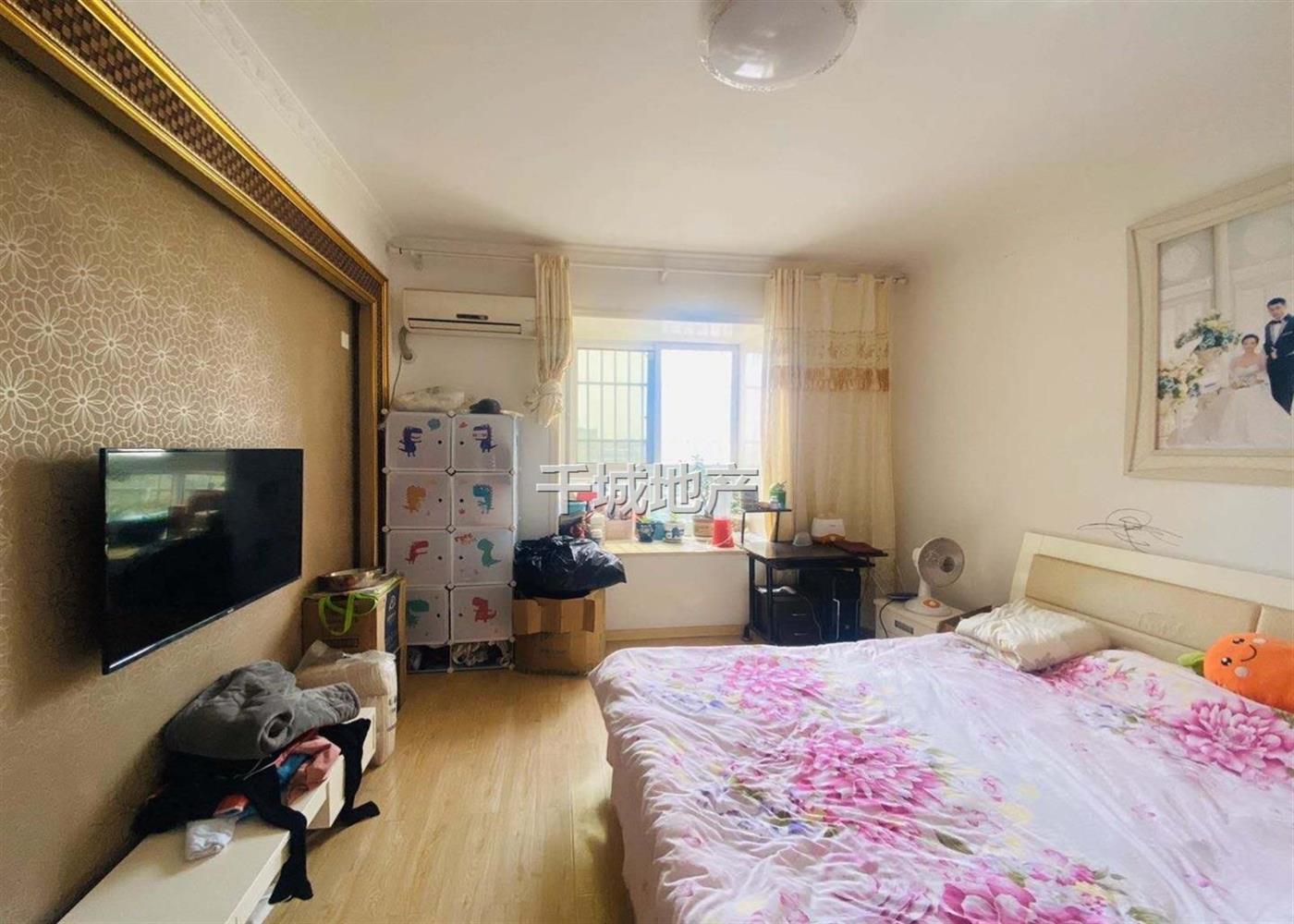 银江花园 南北通透 2室2厅 精装修 居家自住 保养好