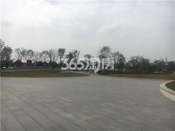 新江北孔雀城售楼处实景图(6.23)