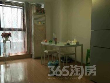 绿地新都会2室2厅1卫72平米整租豪华装