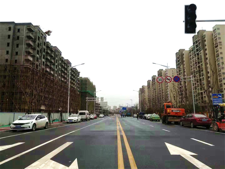 融侨观澜周边道路实景图(12.4)