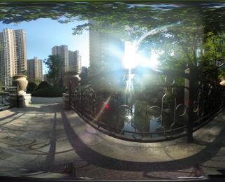 奥体油坊桥 双地铁口 沿大街营业中旺铺 门宽12米 可重餐饮 急售