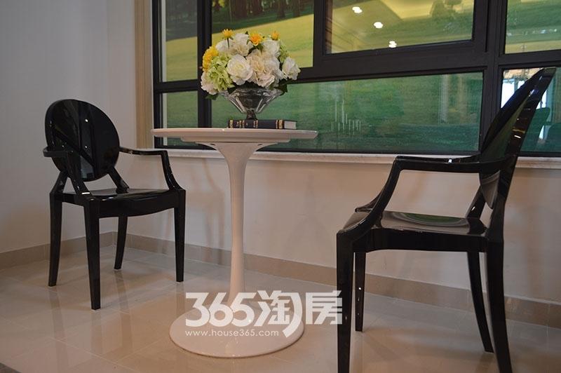 中环云公馆98㎡样板间阳台