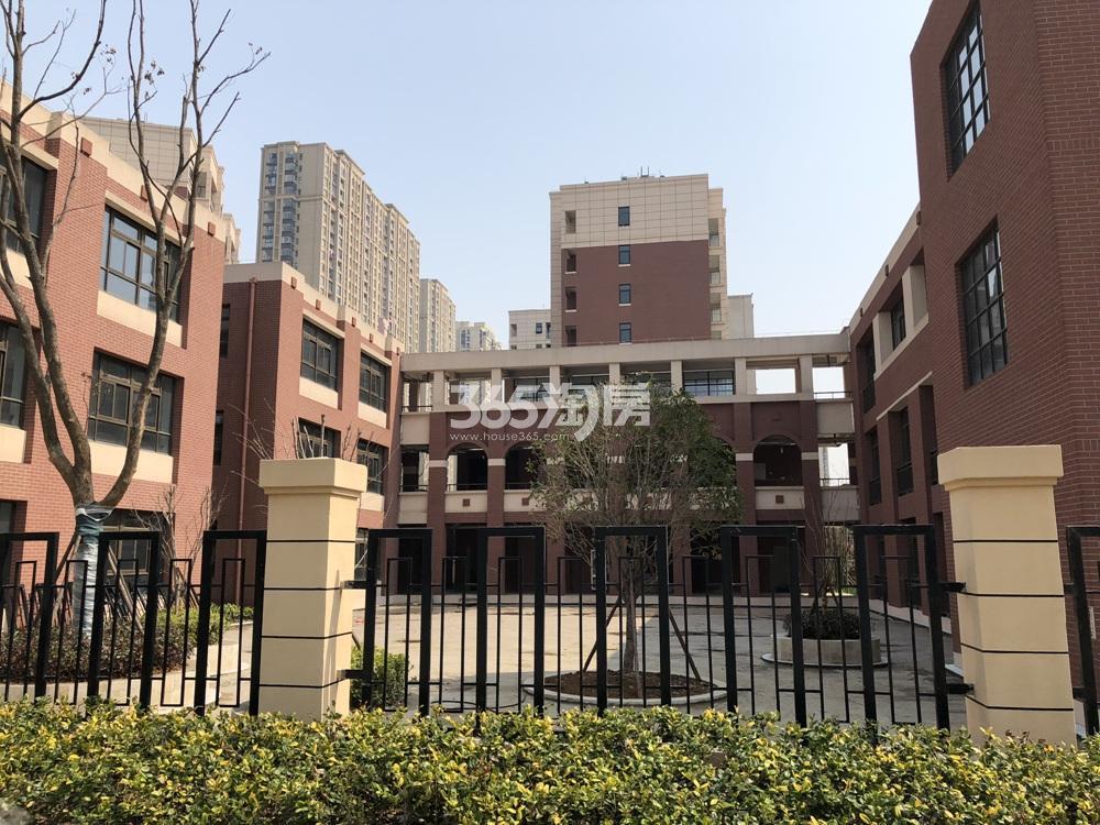 启迪方洲周边麒麟科创园学校实景图(3.27)